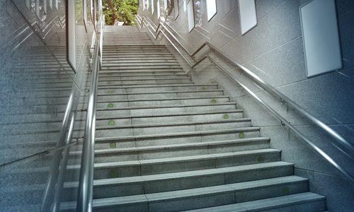 駅の階段を使わせるようにする広告を見た話